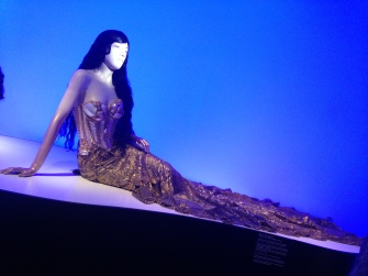 Jean Paul Gaultier, Modell Meerjungfrau