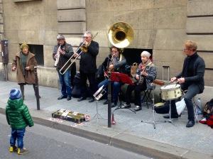 Jazzband vor dem Picasso Museum im Pariser Stadtteil Marais