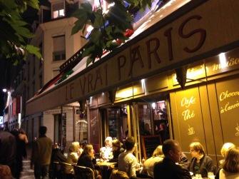 Le vrai Paris - gewagter Bistro-Name
