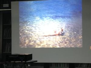 Jenny Schäfer präsentiert ihre Arbeit beim Artist Talk