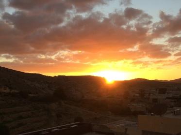 Sonnenuntergang vom Balkon Petra Palace aus