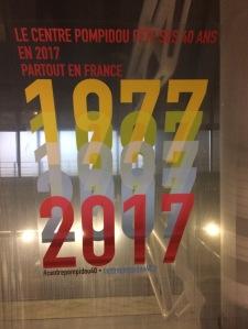 """Jubiläums-Logo des Centre Pompidou - """"überall in Frankreich"""""""