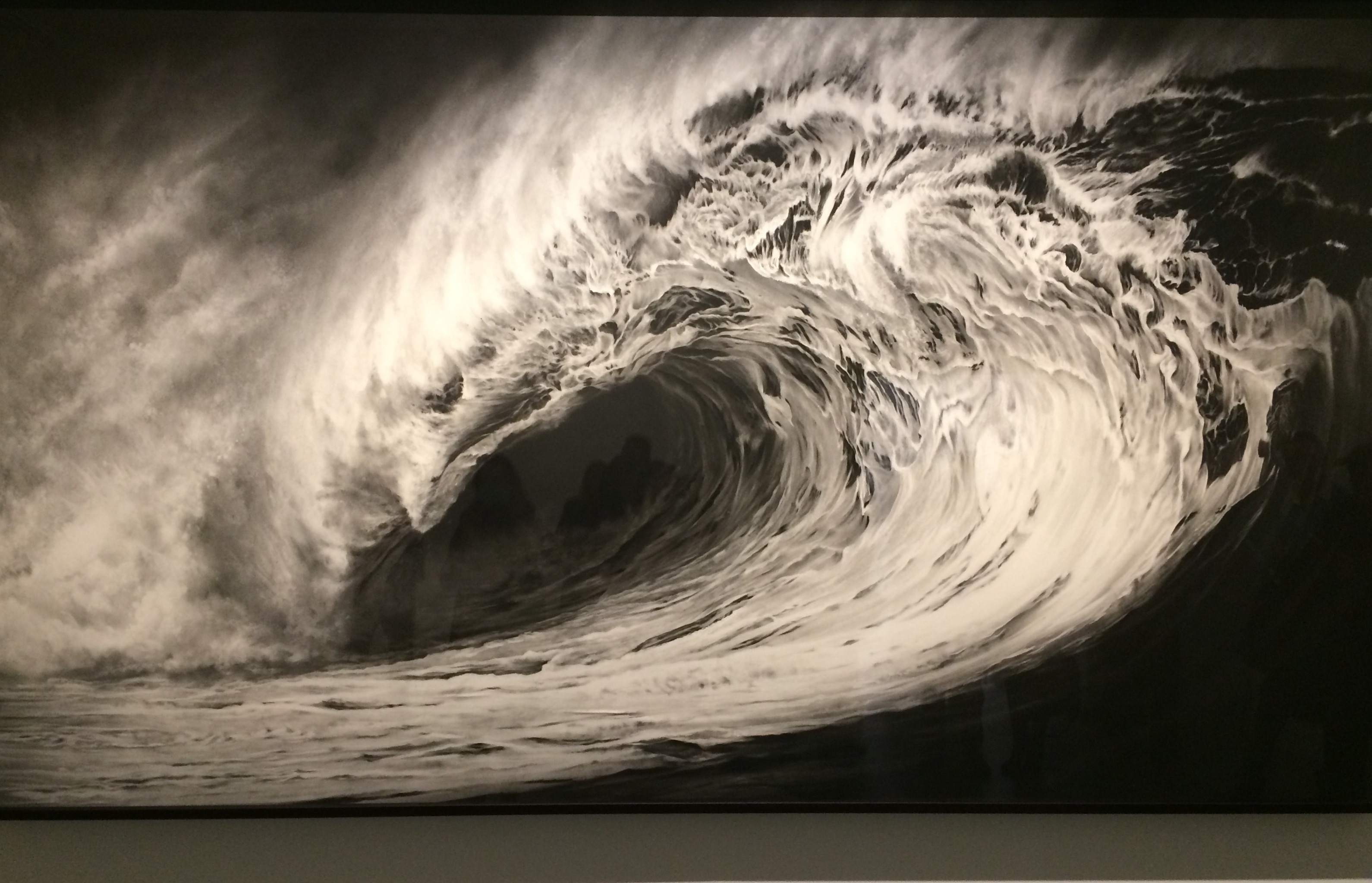 Welle von Robert Longo in den Hamburger Deichtorhallen